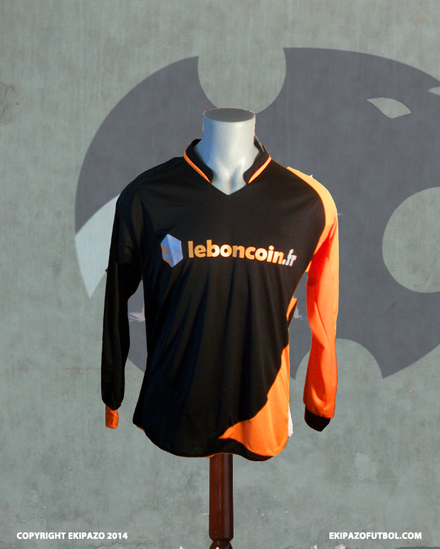 maillot-foot-orange-noir-leboncoin