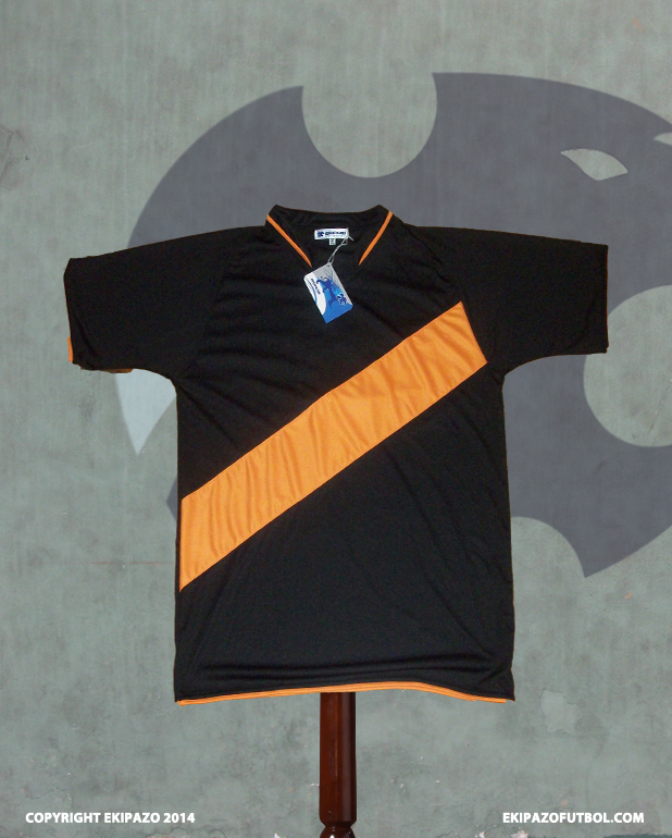 maillot-foot-orange-noir-river